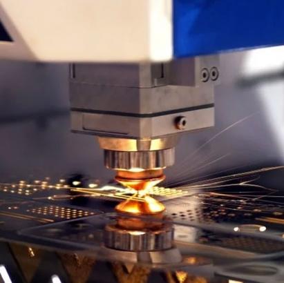 Aprenda a comprar sua máquina a laser com o guia da Menegotto!